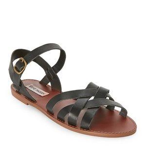 Sweeti Black Flat Sandals | Steve Madden